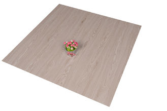 চীন Recycled Durable PVC Floor Tiles UV Coating 4.0mm - 6.0mm Thickness সরবরাহকারী