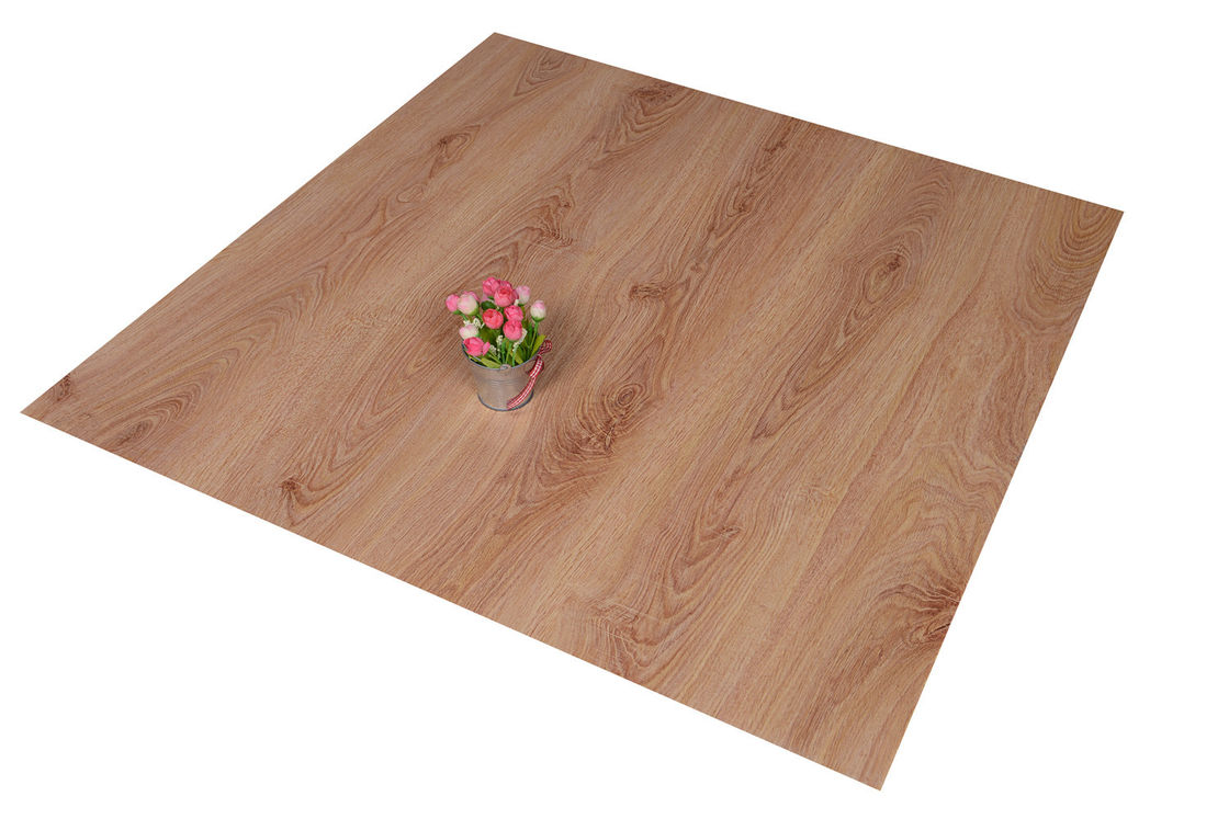 Click Lock PVC Floor Tiles Living Room Wooden Floor Effect Tiles Anti - Flaming সরবরাহকারী